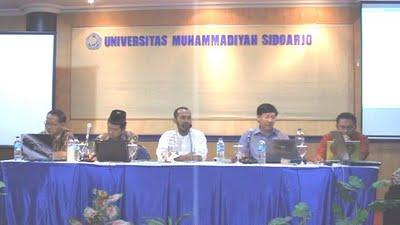 pembicara dalam dialog