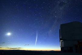 Foto komet Lovejoy yang diambil Gabriel Brammer dari Gurun Atacama, Chile